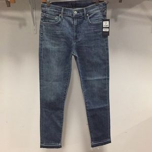 NWT CITIZEN OF HUMANITY Rocket crop high skinny 28